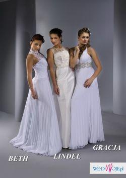 Zwiewna, romantyczna suknia ślubna