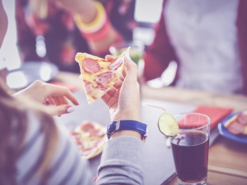 4 powody, dla których powinnaś zrezygnować z cheat day/meal! To gorsze niż myślałaś