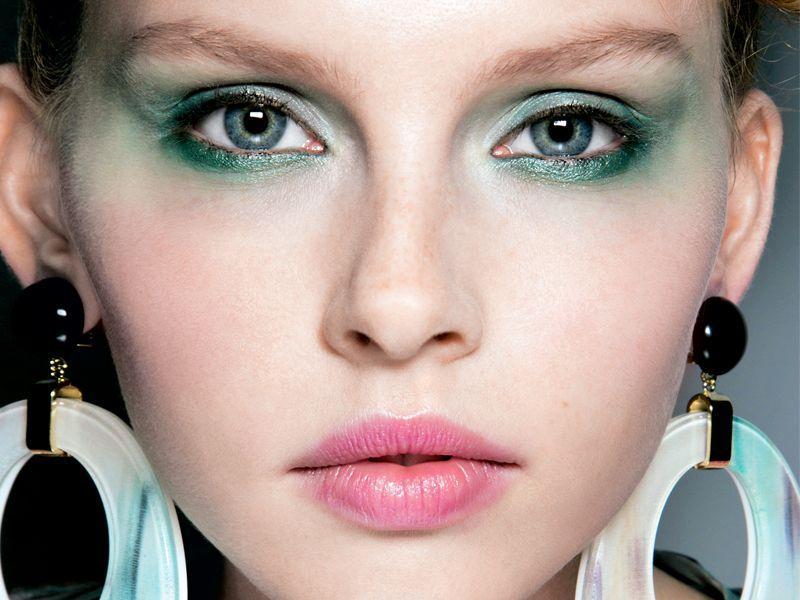 5 najważniejszych trendów w makijażu na wiosnę-lato 2014!