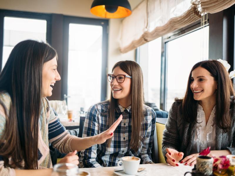 5 rzeczy niezbędnych podczas spotkania z przyjaciółkami