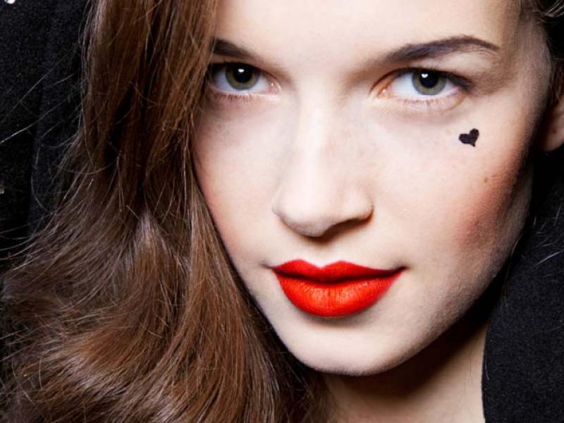 5 zasad kolorowego makijażu na zimę 2013