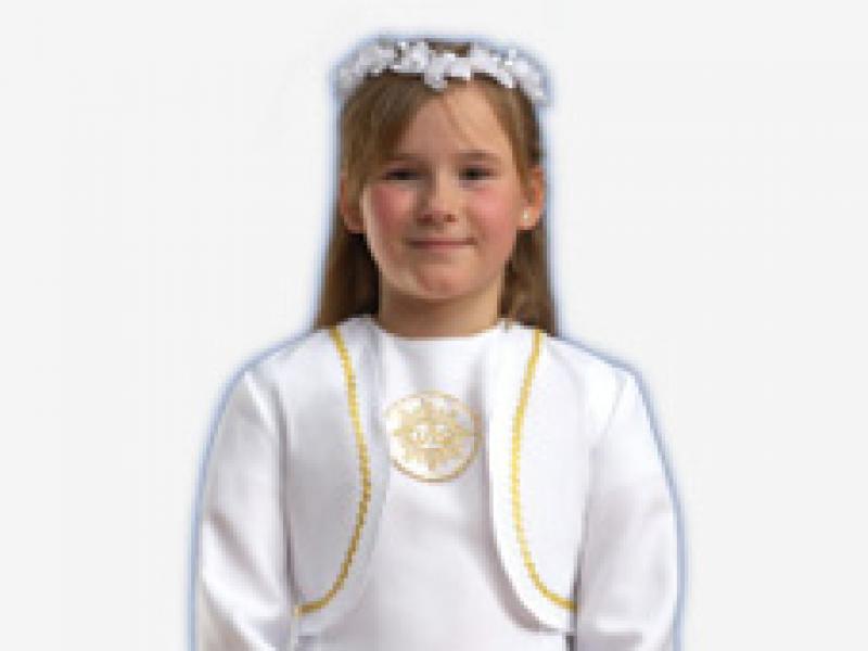 a4ee5e1097 Alby komunijne – propozycje dla dziewczynek i chłopców - Uroczystości  rodzinne - Polki.pl