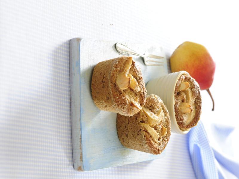 Babeczki pełnoziarniste z jabłkami