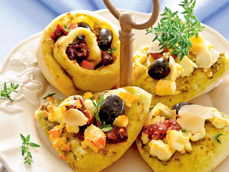 Babeczki z oliwkami i fetą