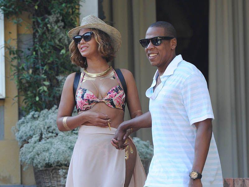 Jay-Z po raz pierwszy zwrócił uwagę na Beyonce Knowles, kiedy ona miała 15 lat.