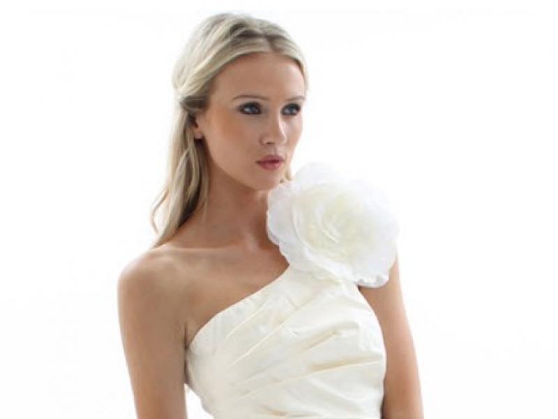 b28e234c65 ... Stylowo I Modnie Z Allani. Białe Sukienki Na ślub W Doskonałej Cenie  Galeria Suknie