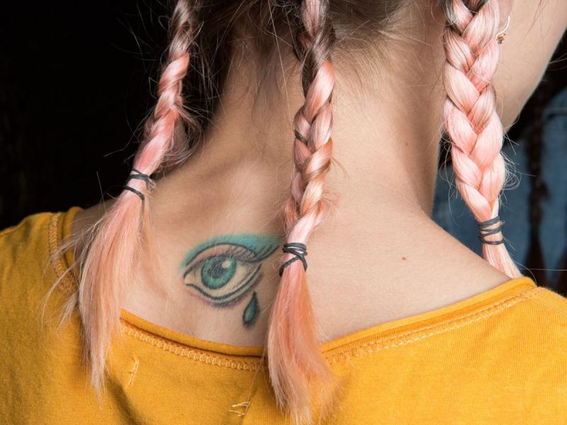 Biotatuaż to wersja light klasycznego tatuażu, a może totalna pomyłka? Oceń sama!