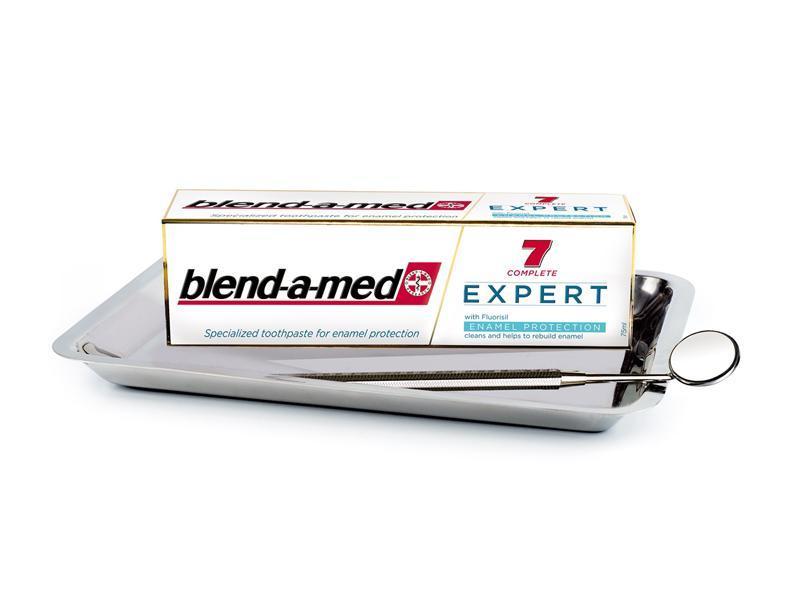 Blend-a-med EXPERT