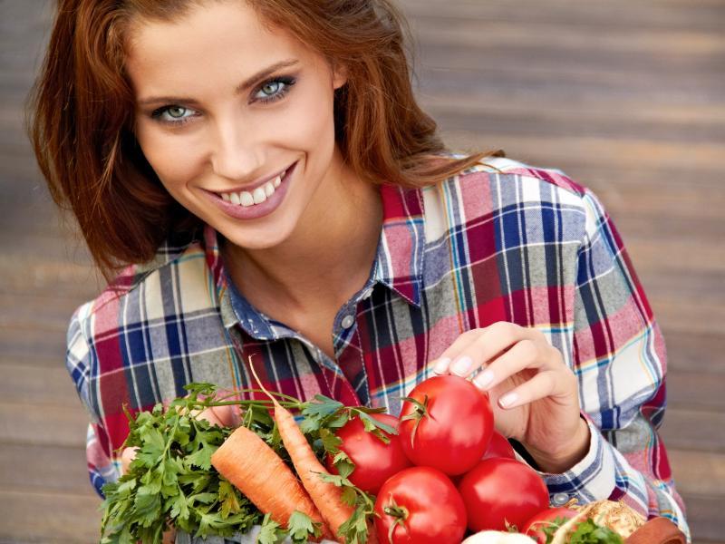 Błonnik pokarmowy – czy znasz jego rolę? Pomaga schudnąć i reguluje pracę jelit!