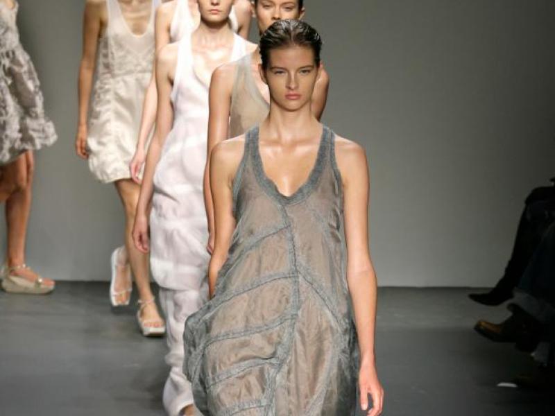 Calvin Klein: pokaz wiosna-lato 2010 (video)