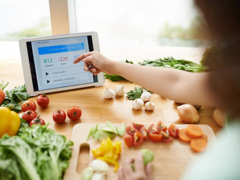 Chcesz schudnąć i zastanawiasz się, co ma najmniej kalorii? To owoce i warzywa!