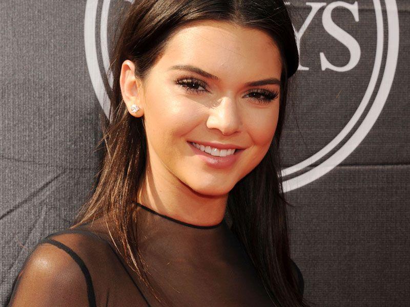 Chcesz zrobić karierę w świecie mody? Zobacz co radzi Kendall Jenner