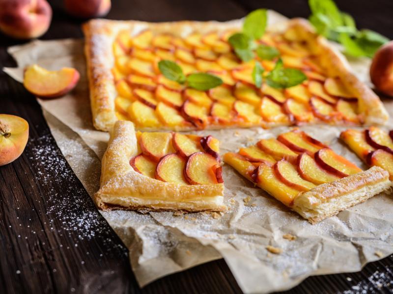 Ciasto marcepanowe z nektarynką