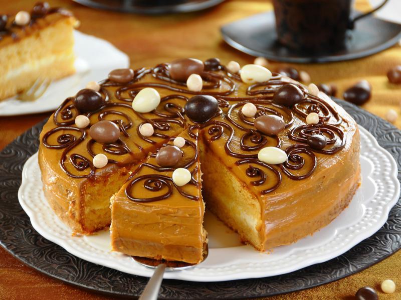 Ciasto miodowo-kajmakowe