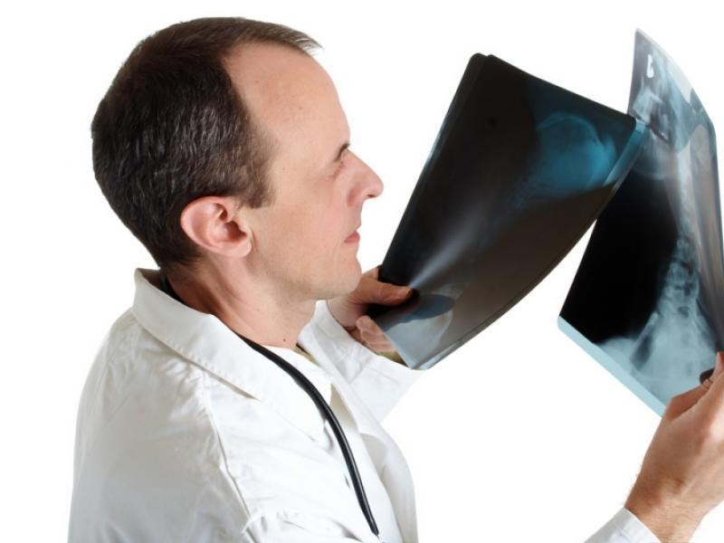 Stwierdzenie obecności guzka zimnego wymaga wykonania biopsji