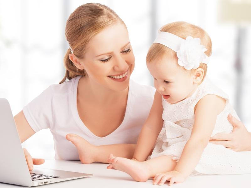 Co łączy stylową bizneswomen, studentkę prawa i młodą mamę?