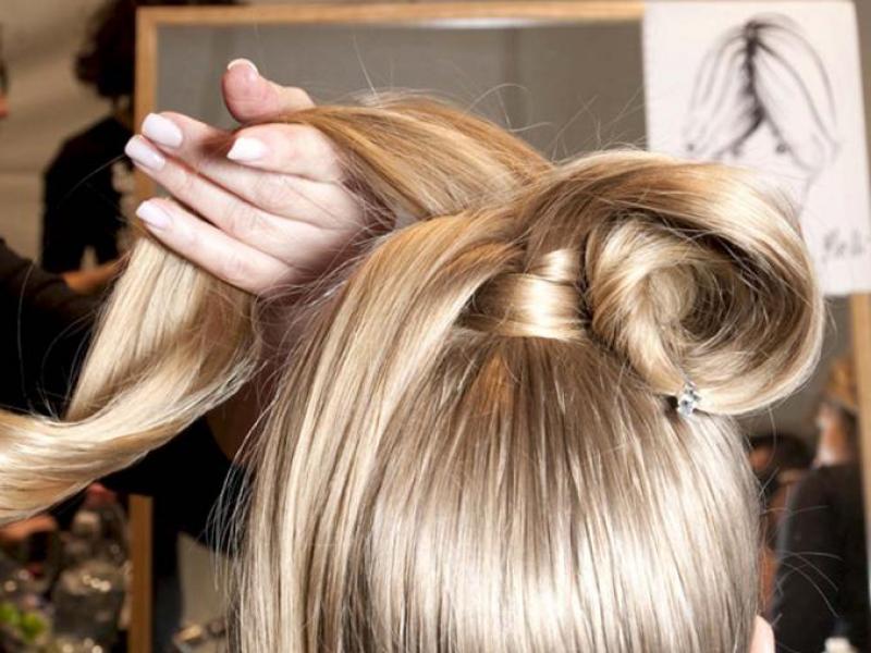 Co przywróci włosom blask