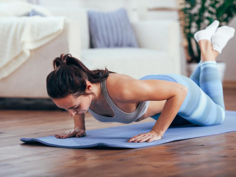 ćwiczenia na ramiona pompki