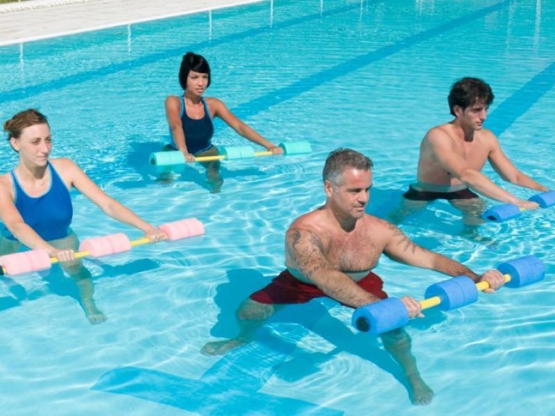 Ćwiczenia w wodzie/ fot. Fotolia