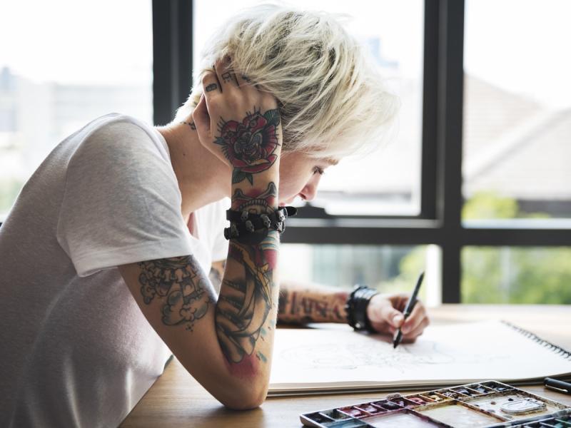 Na Czym Polega Laserowe Usuwanie Tatuażu I Czy Jest