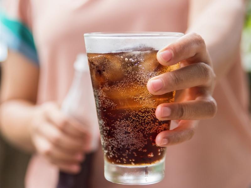 Czy od picia dietetycznej coli można przytyć?