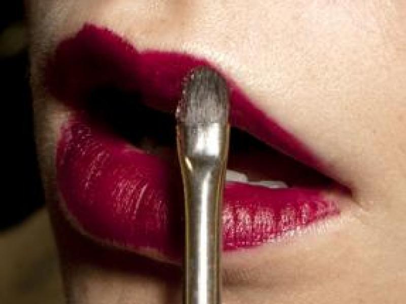 Czy szminka może szkodzić