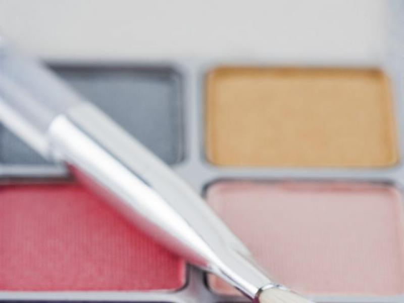 Czy warto kupować kosmetyki używane