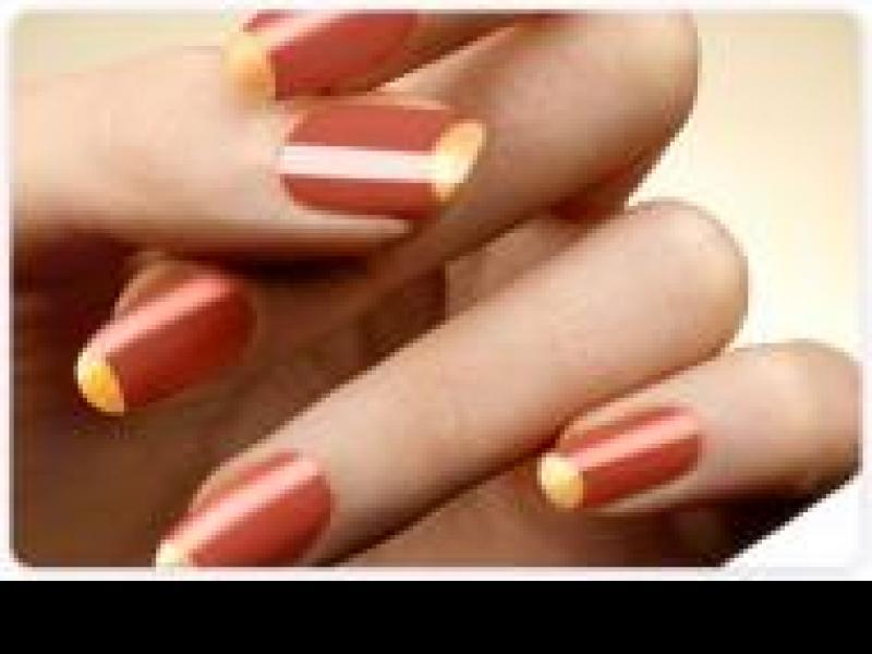 Czy wiesz co zrobić, żeby lakier do paznokci nie odpryskiwał?