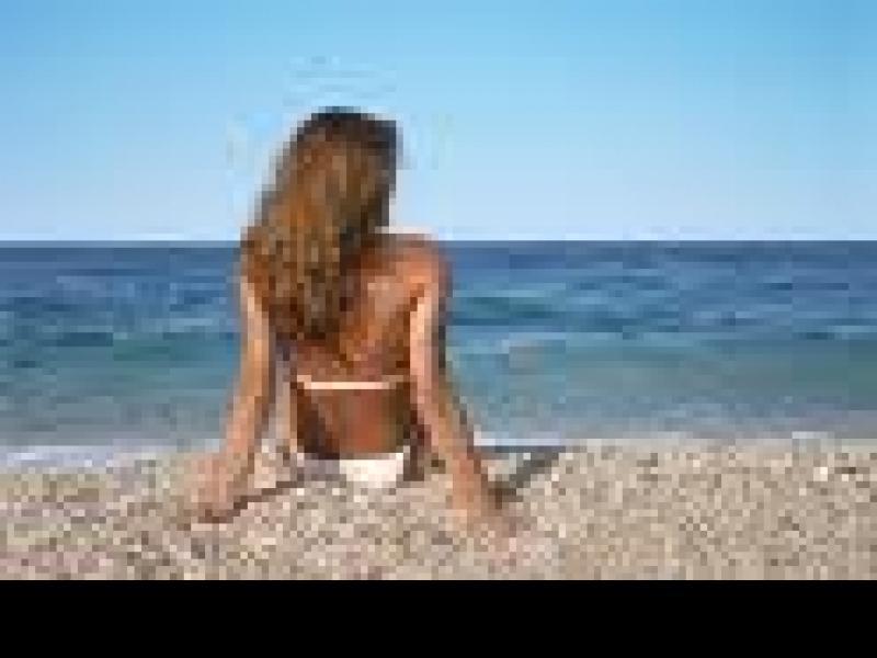 Czy wiesz jak dbać o skórę na plaży?