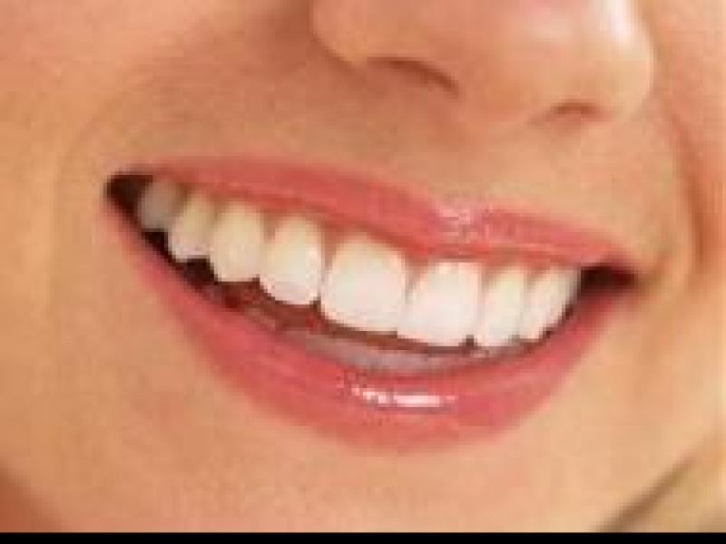 Czy wiesz jak jeść owoce bez szkody dla zębów?