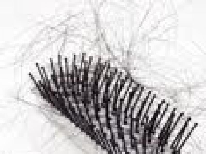 Czy wiesz jak poradzić sobie z słabymi i wypadającymi włosami?