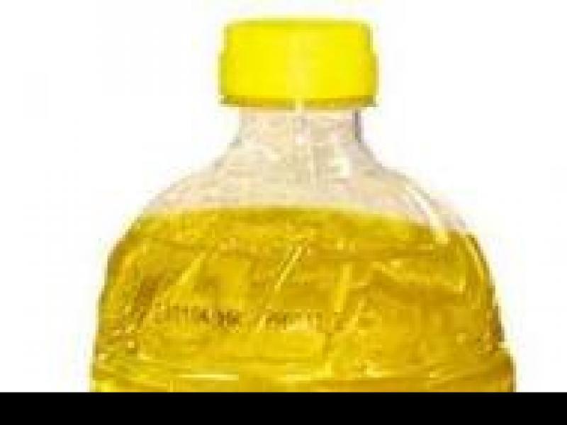 Czy wiesz jak przygotować maseczkę z oleju na dekolt do suchej i szorstkiej skóry?