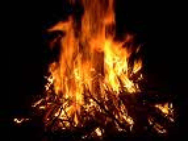 Czy wiesz jak ubrać się na ognisko?