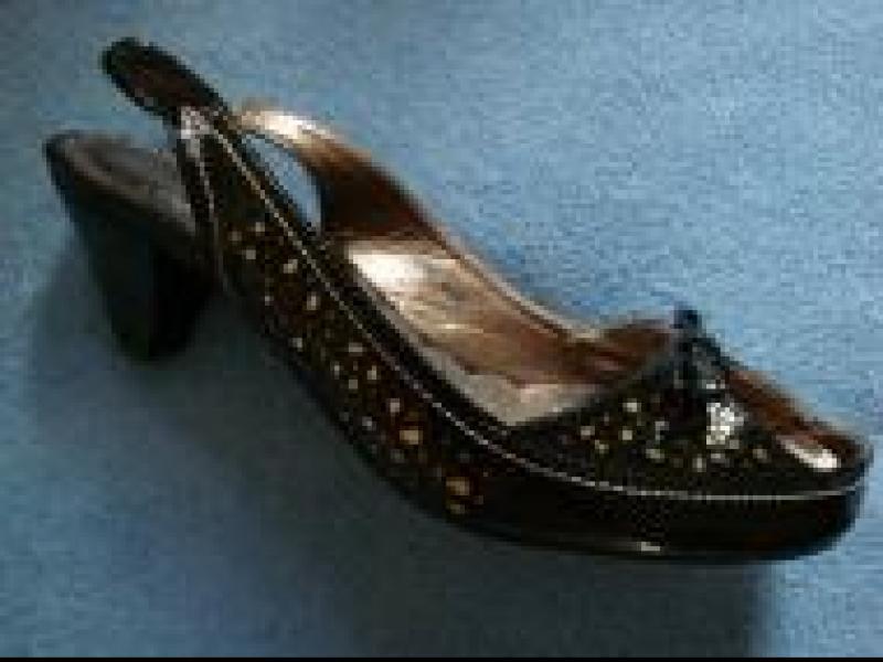 Czy wiesz jak wybrać odpowiednie buty do tańca?