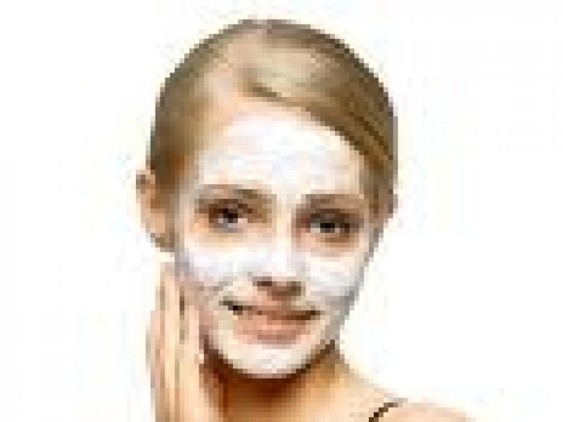 Czy wiesz jak zrobić maseczkę łagodzącą podrażnienia na twarzy?