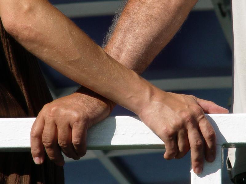Czy wiesz jak zrobić męski manicure?