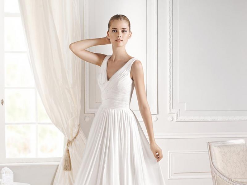 dc49489418 Góra Suknie La Sposa 2015 - kolekcja Fashion i Modern - Suknie ślubne i FS-