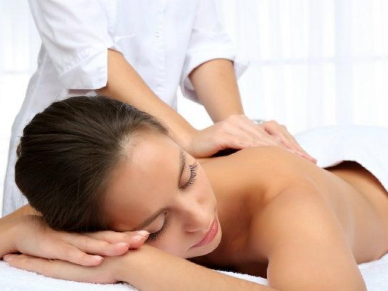 Dlaczego warto się wybrać na masaż relaksacyjny?