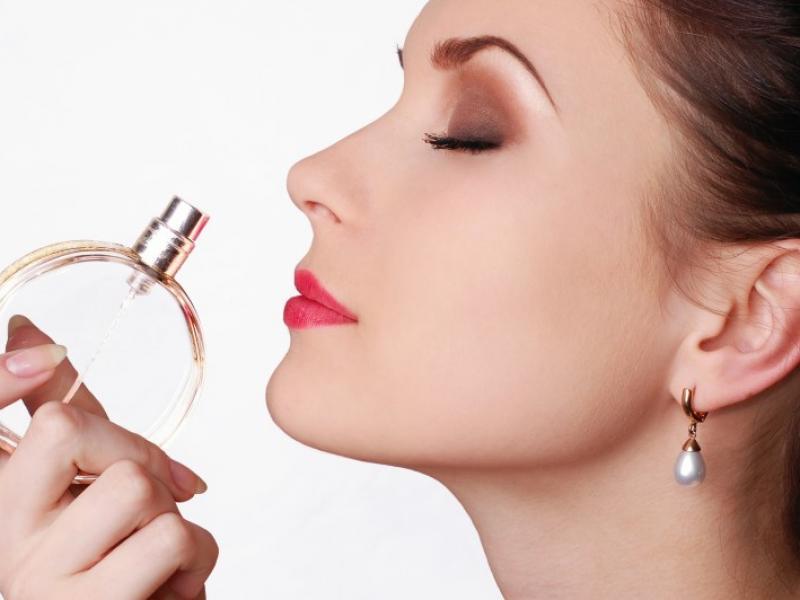 Odpowiednie perfumy. Jak je dobrać?
