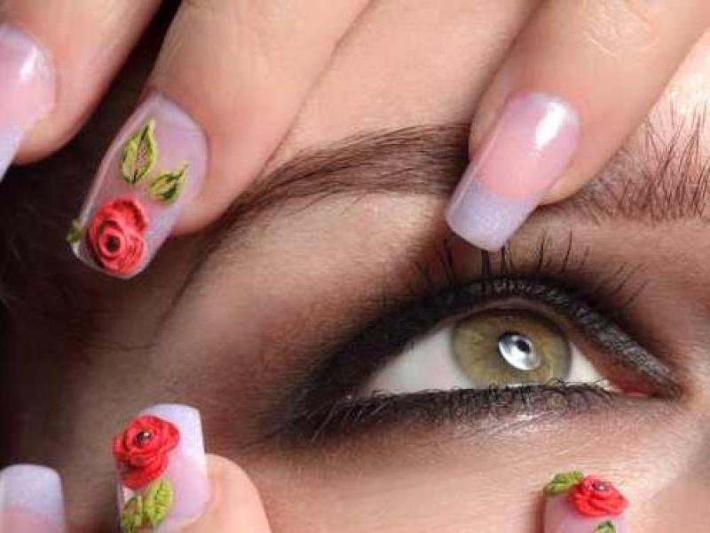 Domowe sposoby na łamliwe paznokcie