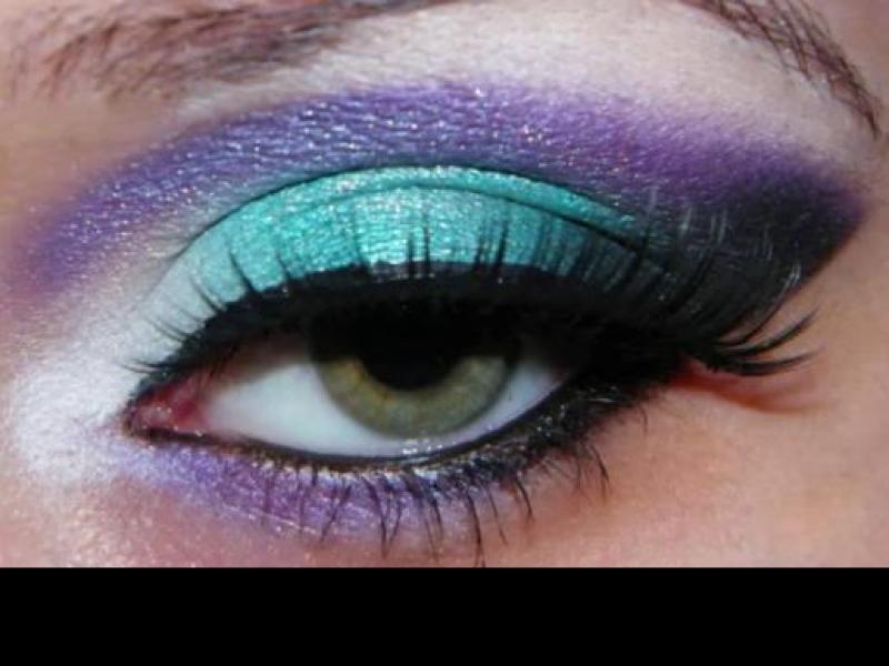 Fioletowo - turkusowy makijaż na karnawał