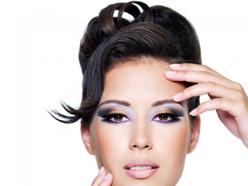 Fryzura a kształt twarzy – najnowsze trendy