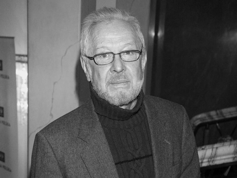 """Grał w """"Panu Tadeuszu"""", """"Katyniu"""" czy w """"Paniach Dulskich"""". Nie żyje wybitny aktor, Władysław Kowalski"""