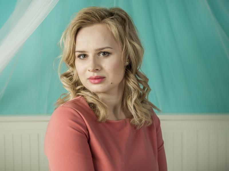 """Grała w """"Powidokach"""", """"Paniach Dulskich"""", a teraz pojawi się w nowym serialu """"Dziewczyny 3.0"""". Znacie Barbarę Wypych?"""