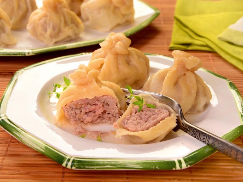 Gruzińskie pierożki z mięsem