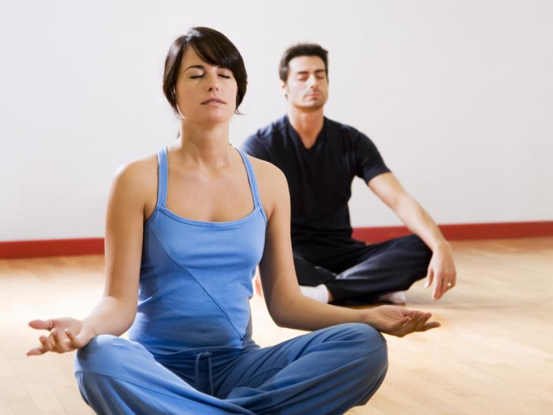 Czy joga pomaga schudnąć? - Beactive - ASK The EXPERTS