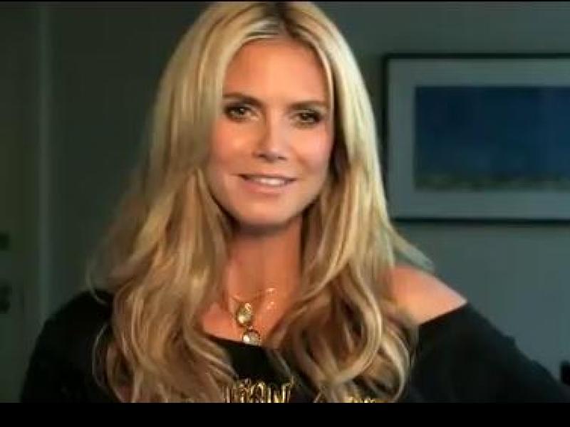 Heidi Klum i Victoria's Secrets (video)