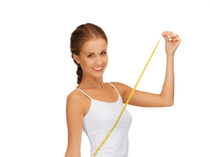Igłą w tłuszcz, czyli czym jest lipoliza iniekcyjna