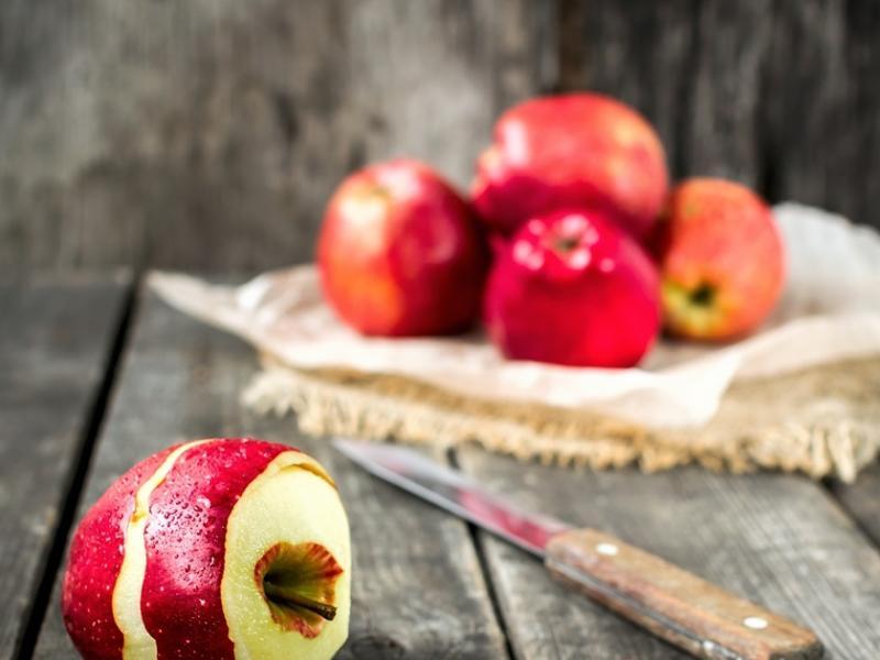Jabłka z grilla z korzennym nadzieniem