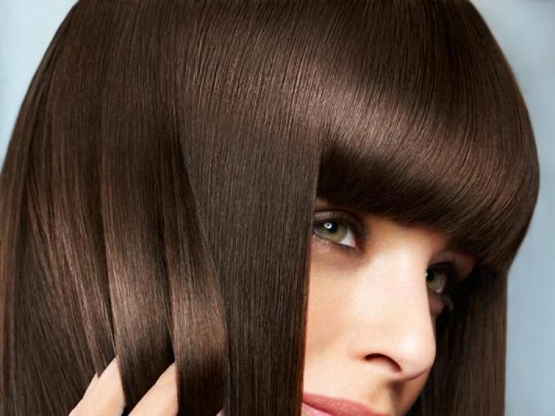 Jak czesać proste włosy